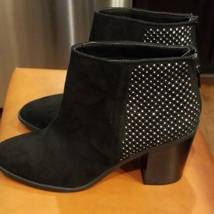 """Madden NYC size 7.5 """"Rain"""" High Heel Ankle Boots89"""